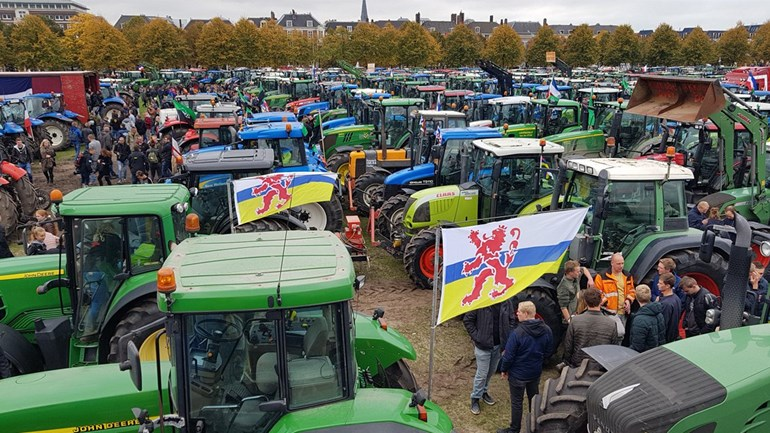 #Boerenprotest nu ook van start in Duitsland! #Boeren massaal onderweg naar Bonn en Berlijn