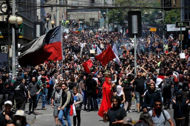 Een waardig bestaan, van Santiago Chili tot Beiroet