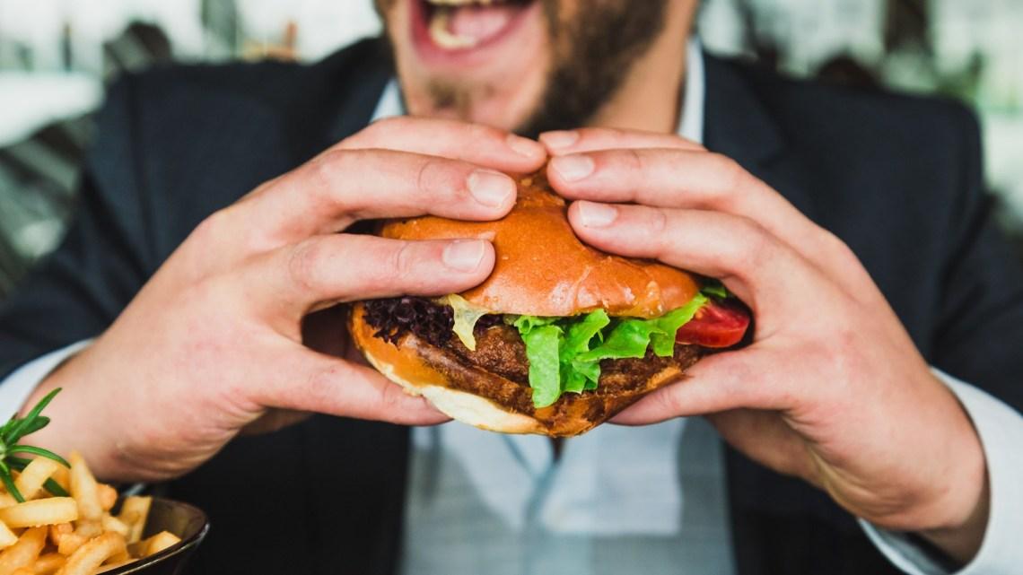 Hoe de oorlog tegen vlees uw gezondheid en vrijheid bedreigt