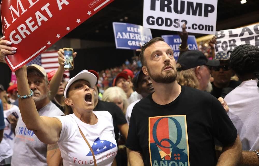 De vergeten christelijke terreurcultus QAnon die de herinneringen van Trump heeft bewaard