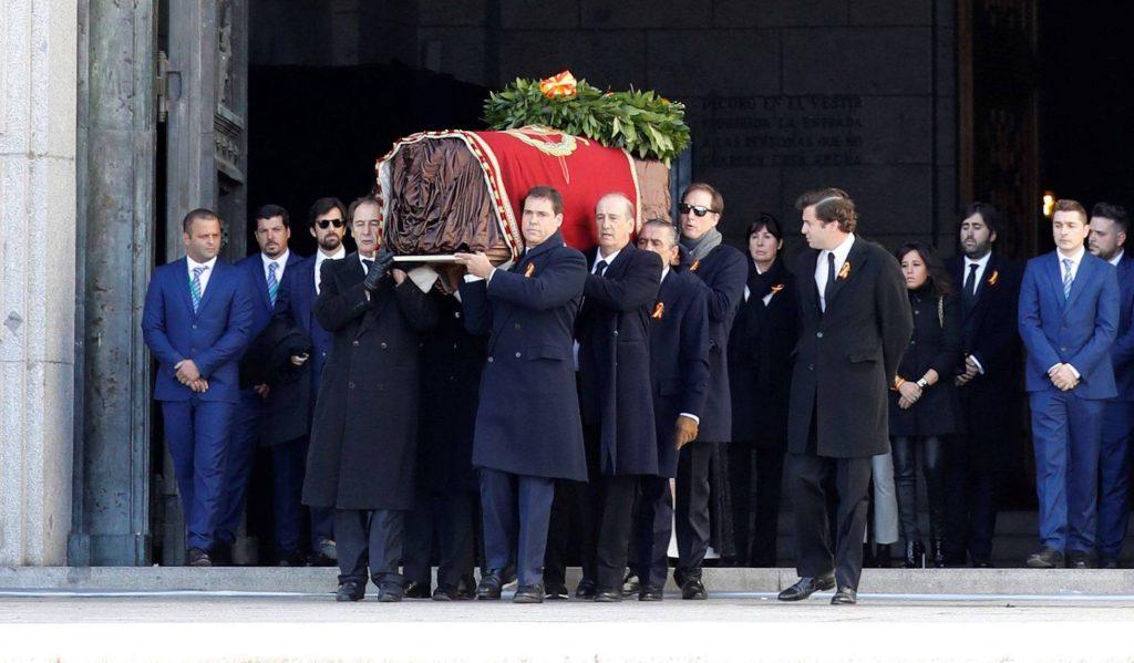 Herbegrafenis dictator Franco legt het nog levende fascisme in Spanje bloot