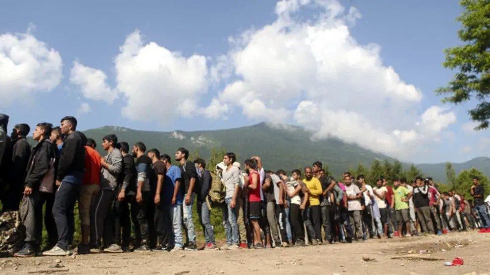 Het zijn krijgers die komen: moslimtroepen marcheren naar West-Europa