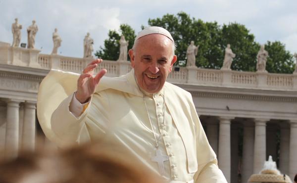Donald Trump ook betrokken bij plot om de paus omver te werpen