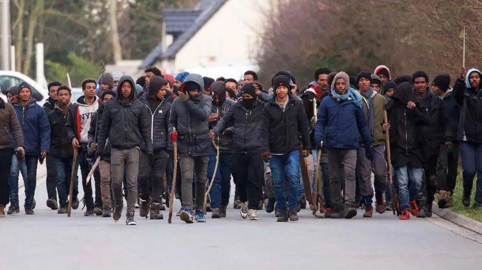 INSTORTING EU, VN EN BURGEROORLOG IN FRANKRIJK: VADERLAND VAN DE COLLAPSOLOGIE?