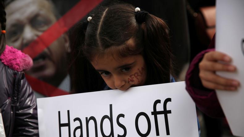"""Achterlijk geloof voor de eer: nieuwe wet """"trouw met je verkrachter"""", besproken in Turkije"""