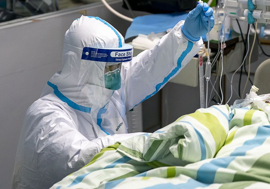 Een week geleden Er waren 547 gevallen van Coronavirus in China. Nu zijn er 7.711.