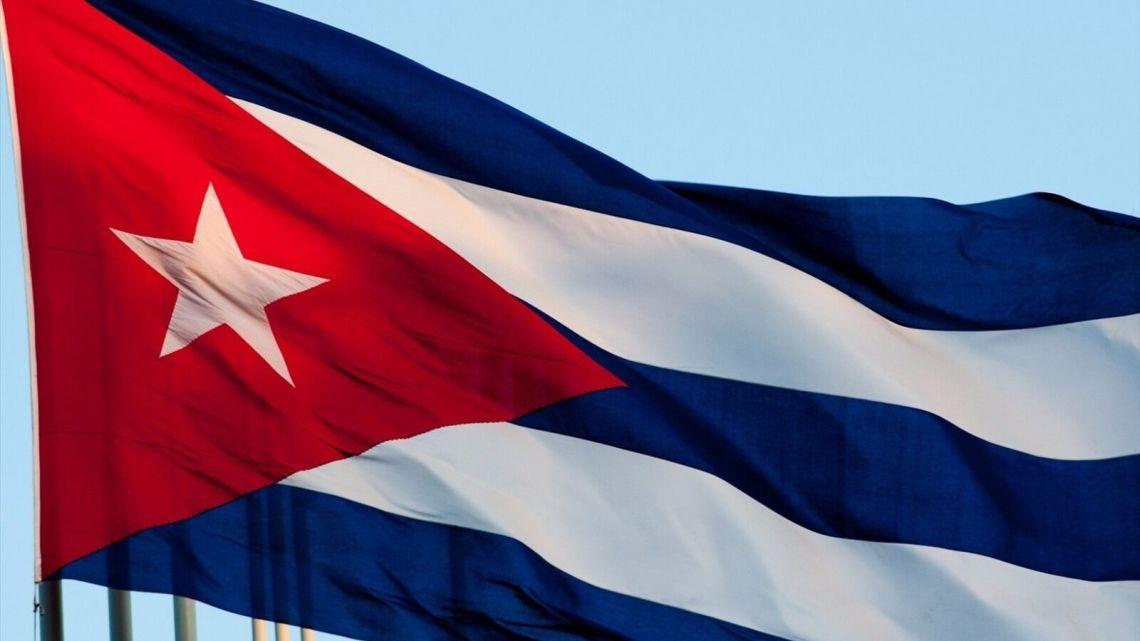 Trump scheld Cuba uit Terwijl Cuba de corona zieken in Zuid-Amerika geneest