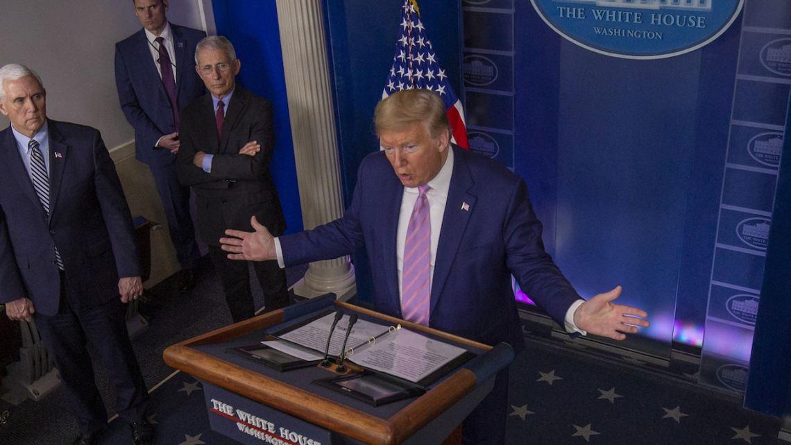 """Trump zegt dat hij voor """"de grootste beslissing"""" staat, maar degenen die hij al heeft genomen, hebben duizenden gedood"""