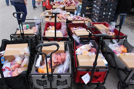 """Miljoenen varkens, kippen en runderen worden gedood in de VS terwijl de media waarschuwt dat er """"tekorten"""" komen"""