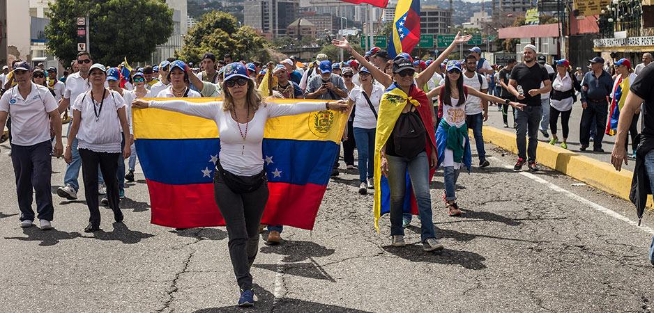 Voor Mike Pompeo en Donald Trump is de bevolking simpelweg niet zo belangrijk als de oliereserves van Venezuela