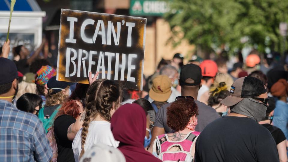 Politie-uitbarstingen escaleren naarmate meer demonstranten in het hele land gerechtigheid eisen voor George Floyd