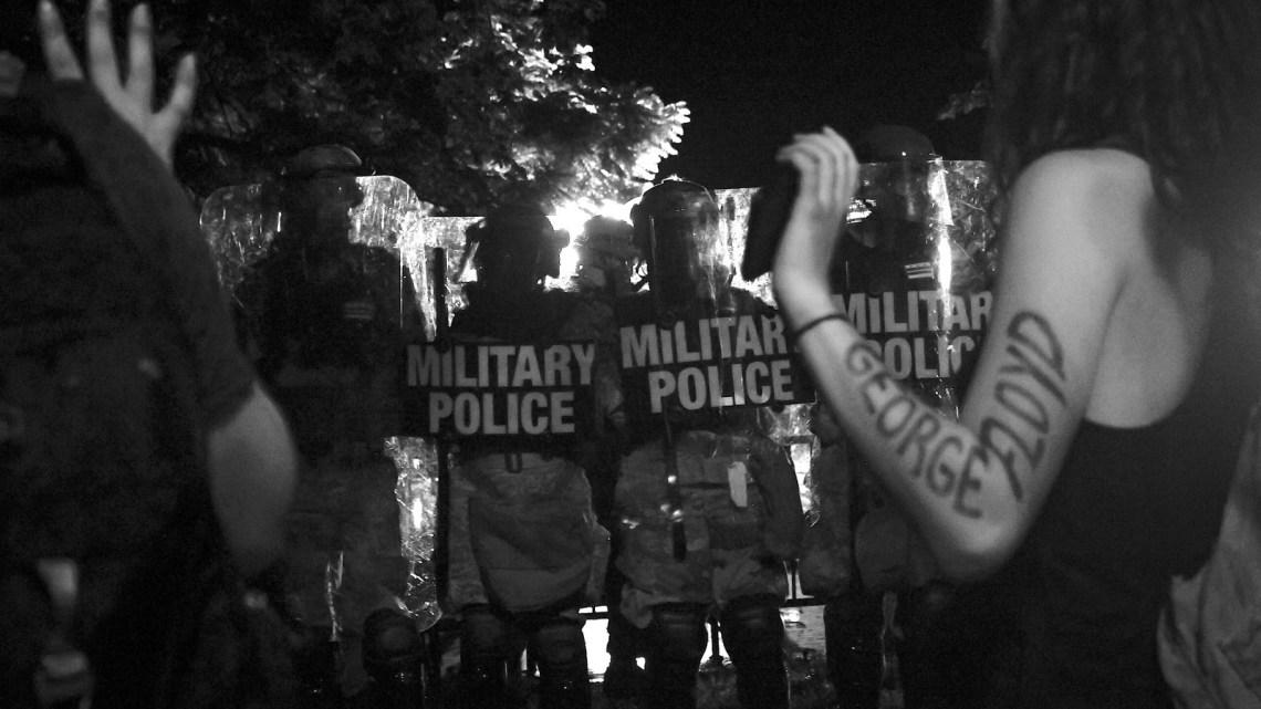 Lee Camp: 19 feiten over Amerikaans politiewerk dat je zal verbazen