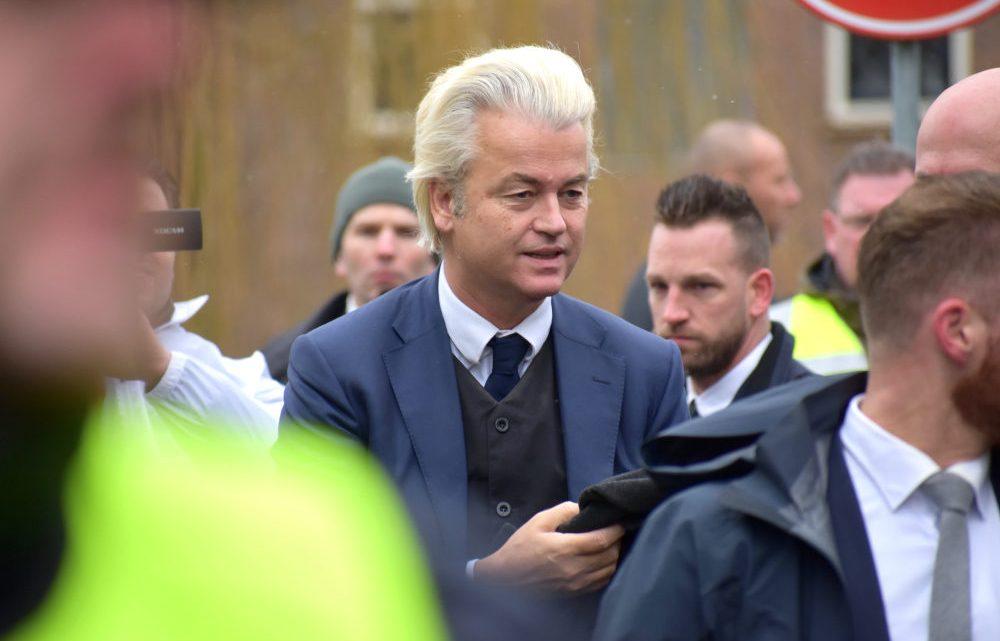 Geert Wilders kraakt harde noten over woningtekort: 'Voor wie bouwen we, de Nederlanders of de immigranten?!'