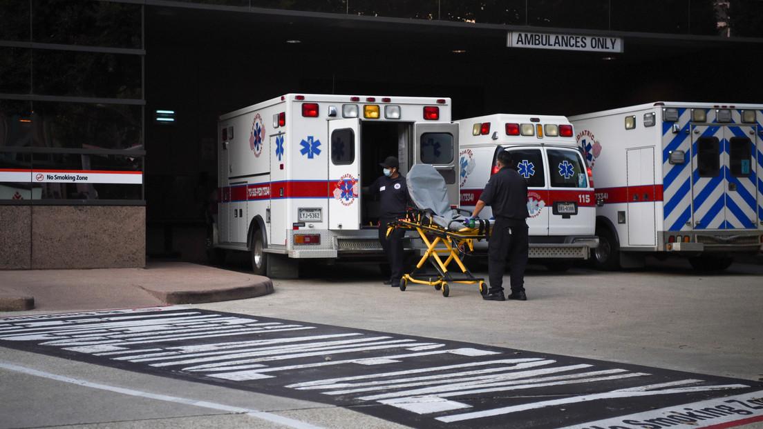 Een 'millennial' sterft na het bijwonen van een 'covid-19 party', denkend dat de ziekte 'een hoax was'