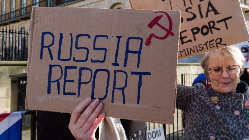 Het 'Rusland-rapport': de diepe staat die waanideeën versterkt om angst te verspreiden en de macht te grijpen