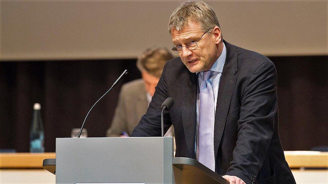 Jörg Meuthen over Corona: Iedereen die in een wereldcomplot gelooft, moet naar de dokter!