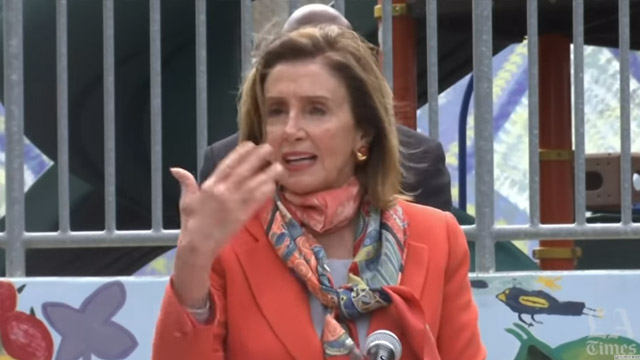Omlaag gaan in stijl: Nancy Pelosi's illegale 'Blow Out' stelt democraten bloot als boven-de-wet elitairen