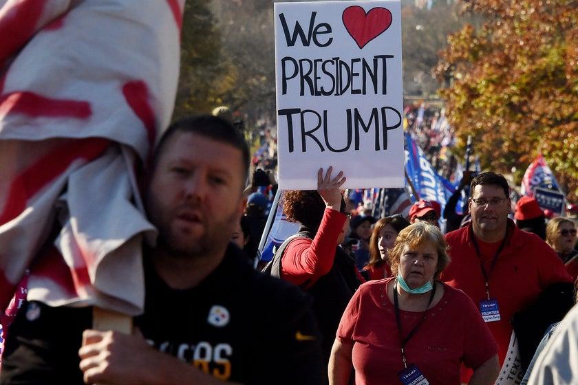 Trump-administratie eindigt zoals het begon: liegen over de menigte