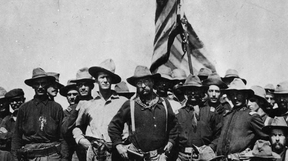 Een blanke racistische staatsgreep slaagde in 1898 in North Carolina, geleid door leugenachtige politici en racistische kranten die hun leugens versterkten