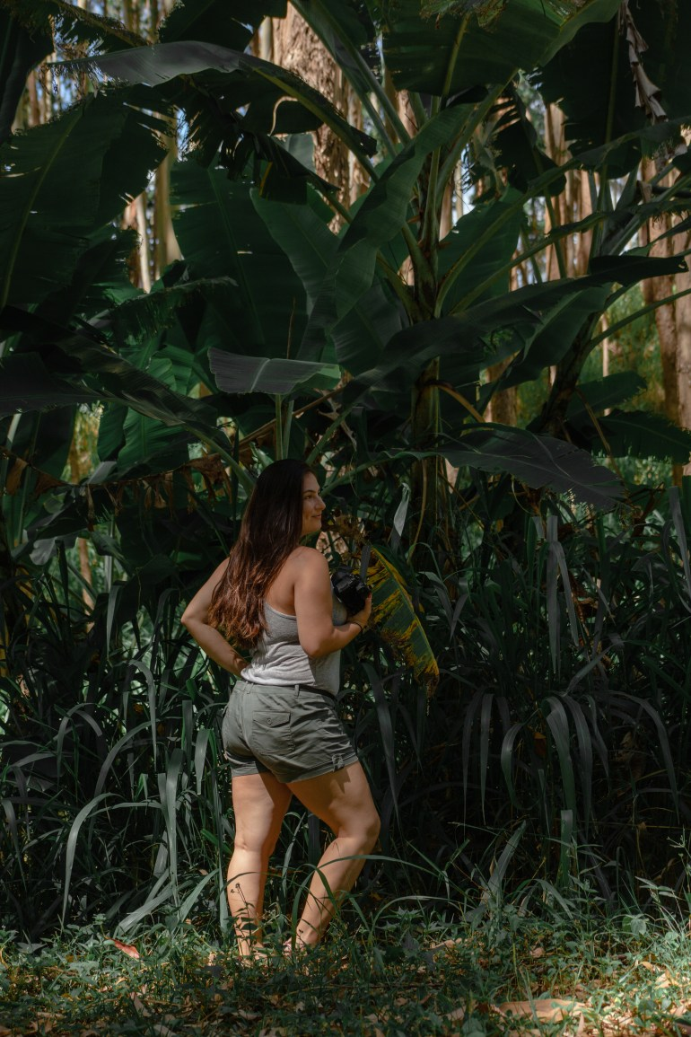 Babe with plants