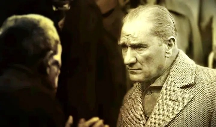 Bu halk Atatürk ile ilgili olanlara neden şaşırıyor ki?