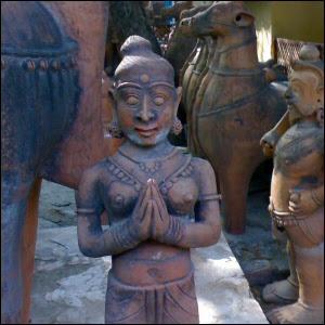 Indian handicraft in Delhi museum / Käsityöläismuseossa Delhissä