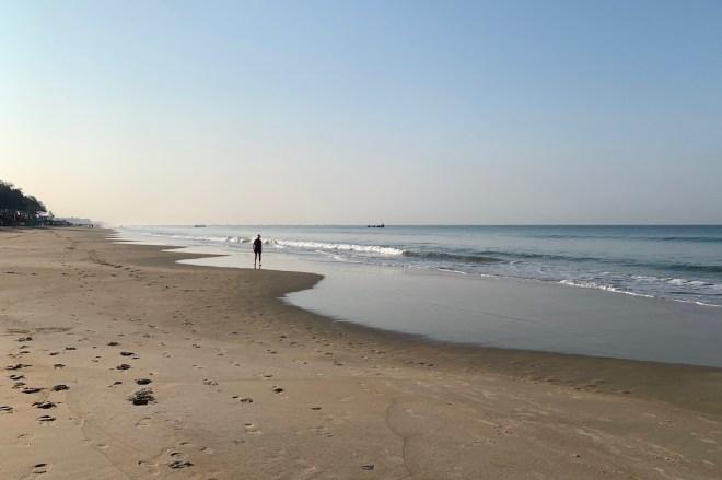 Aamuaurinkoa Goan rannalla