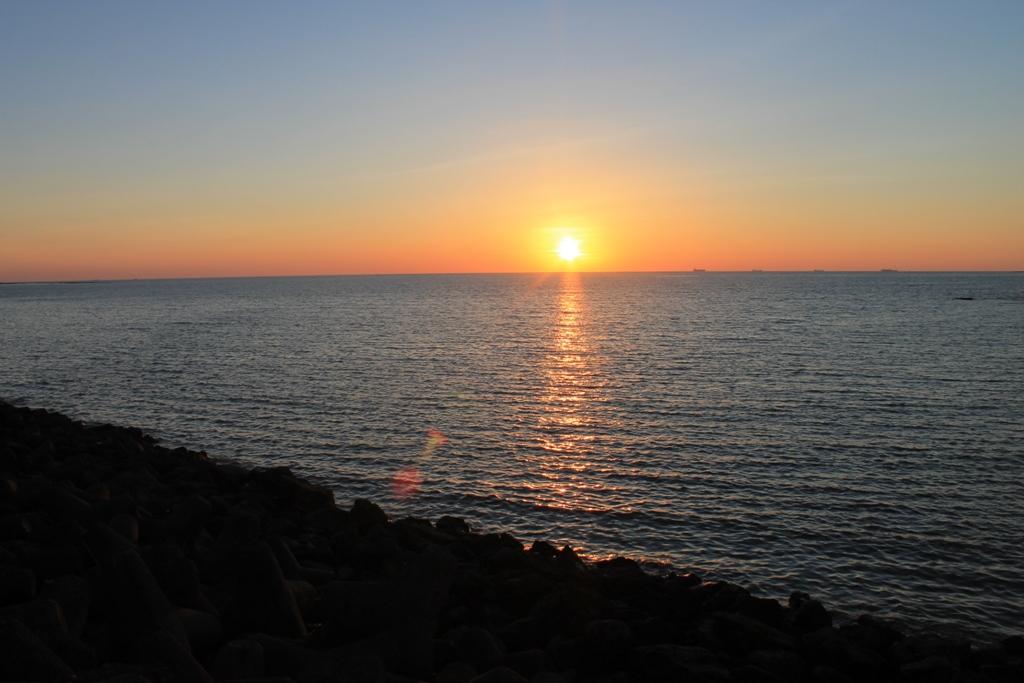 img_marina_drive_sunset_2