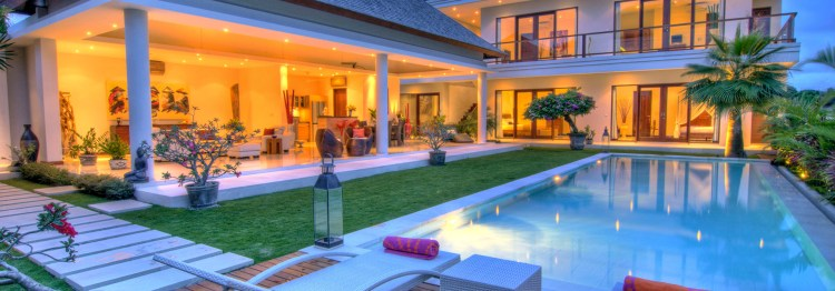 villa-bali-rindu-all-view-night-03
