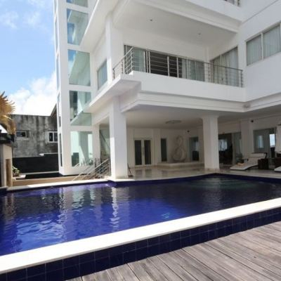 Outstanding villas for sale
