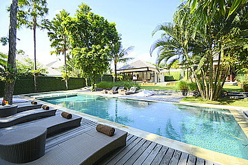 Peaceful 5 Bedroom Villa in PERERENAN