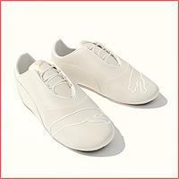 048 Sepatu