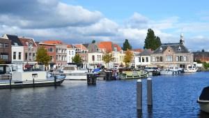 Leiden Belanda