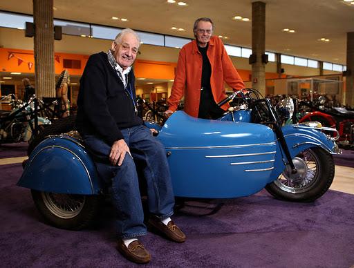 Sepeda motor klasik di Motorcyclepedia