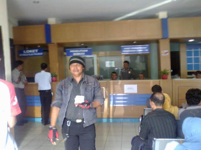Loket Pendaftaran Perpanjangan STNK Di Samsat Cibinong