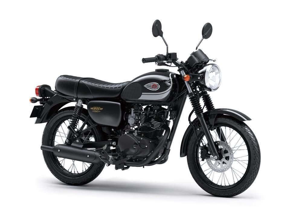 Kawasaki W175 Special Edition Warna Metallic Spark Black (Hitam)
