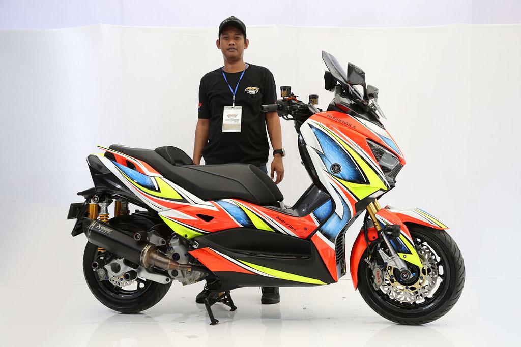 Pemenang kategori Master Class Xmax CustoMAXI Makassar 2018
