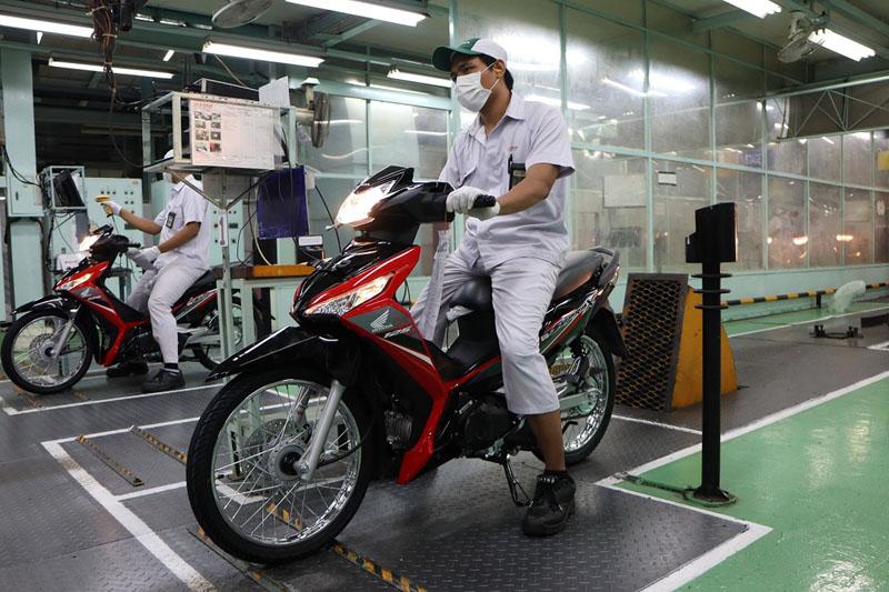 Honda Supra X 125 FI tipe Spoke Wheel (SW)