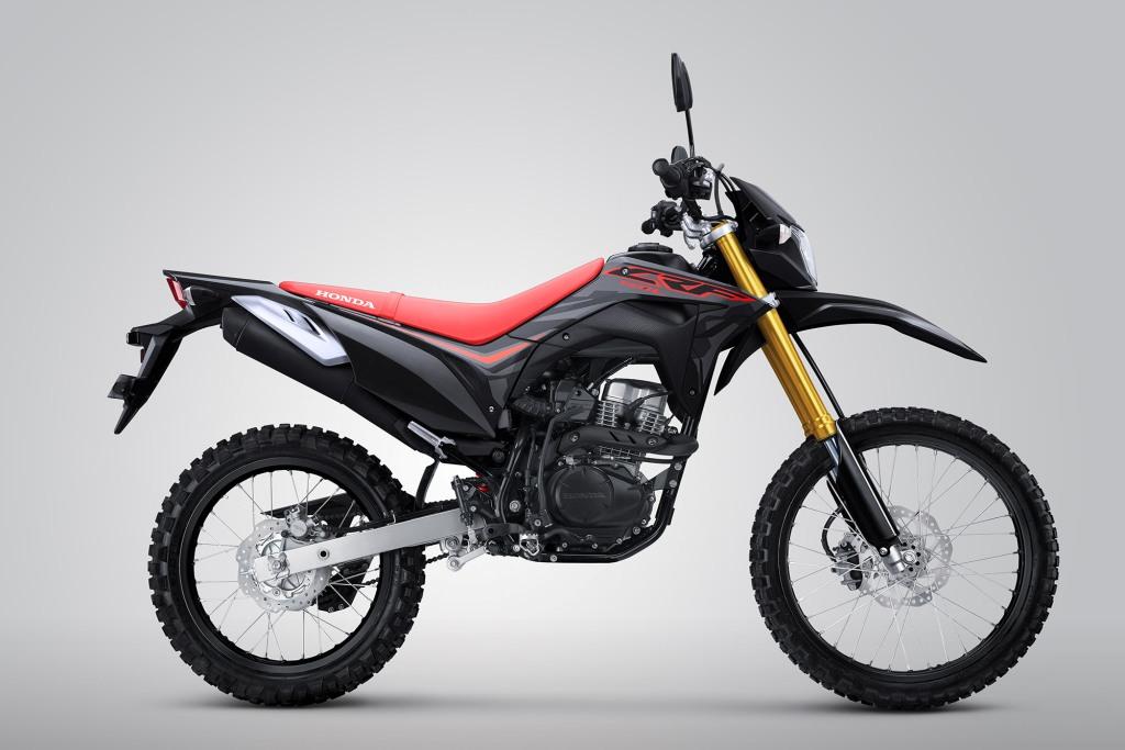 Honda CRF150L Warna Extreme Black