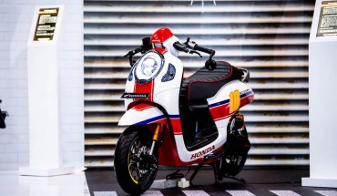 honda scoopy modifikasi cafe racer