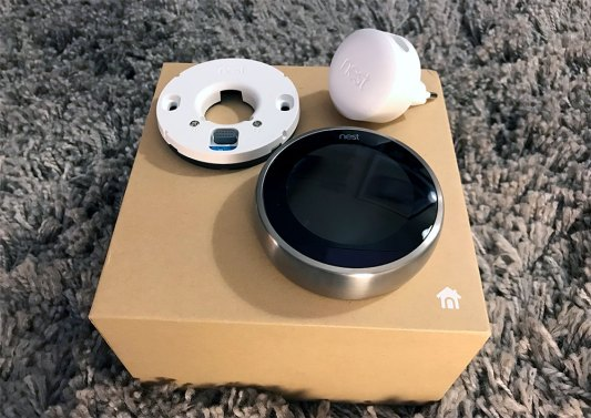 NEST Learning Thermostat V3 - Basic thermostat and power supply