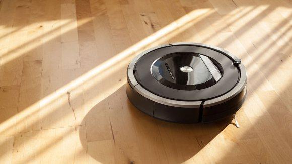 Vacuum cleaner robot on parquet