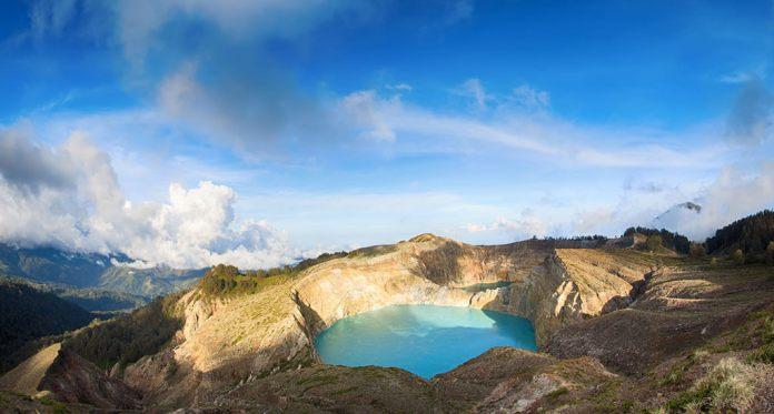Mount Kelimutu Flores Indonesia Islands