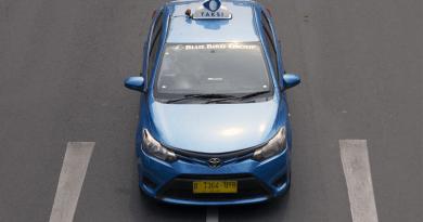 タクシーで使えるインドネシア語