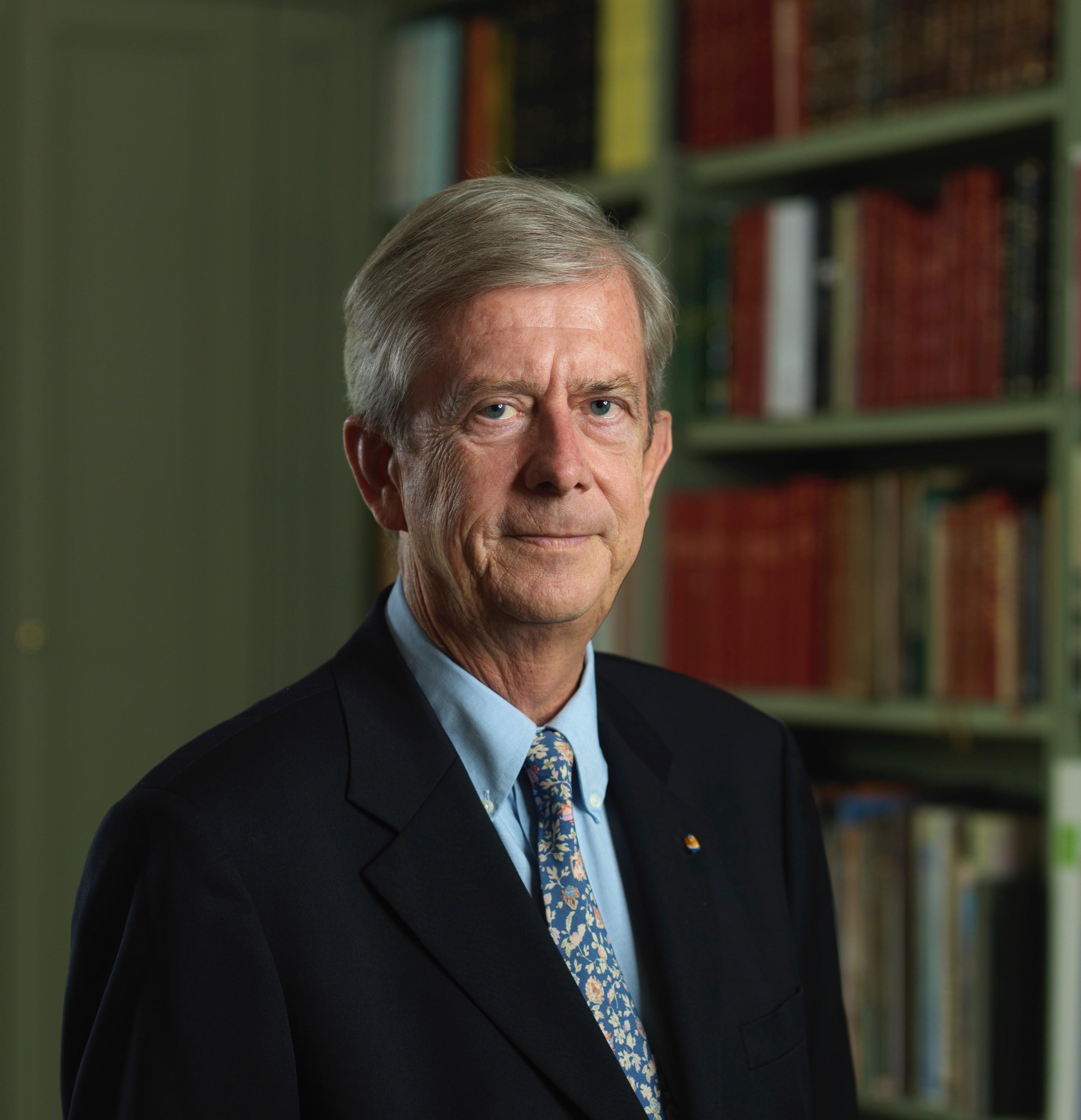 Dr. Nikolaos van Dam