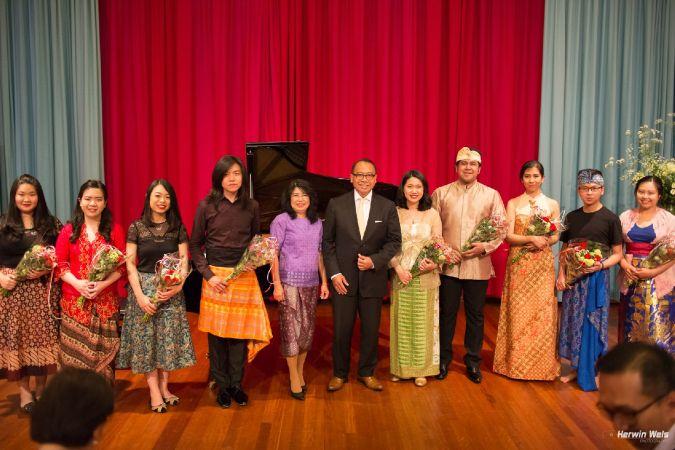 Optreden muziekgroep Seriosa (KBRI) - 13-05-2016