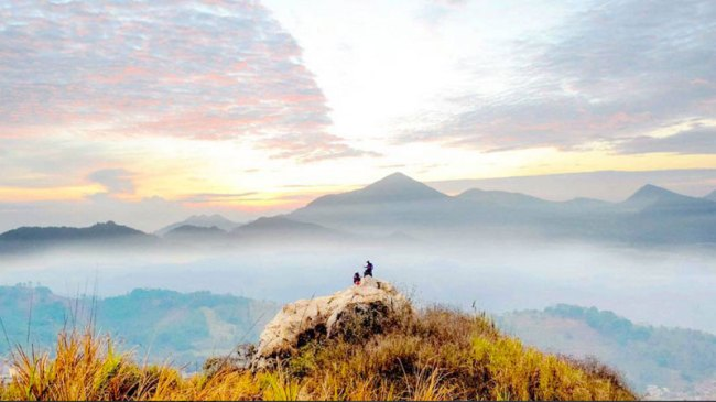 Wisata Alam Tebing Gunung Hawu 2