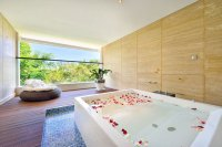 9 Romantic villas with private jacuzzi and a view in Bali ...