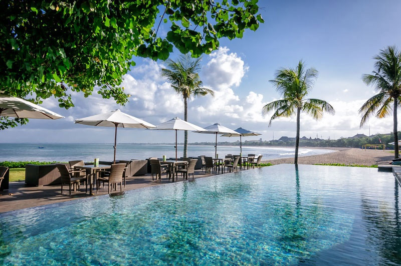 10 Affordable Sunset Beach Bars In Bali That Won T Break The