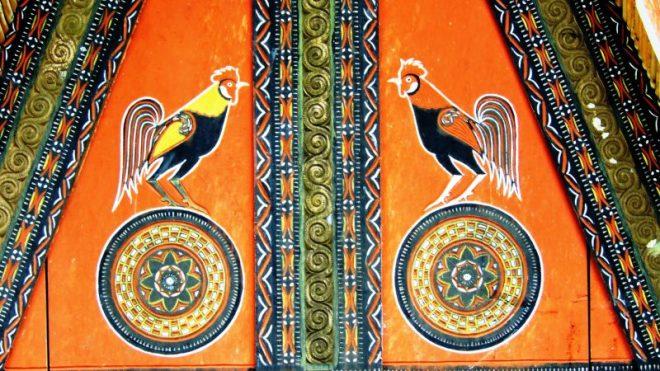 Sulawesi i colori di una casa toraja